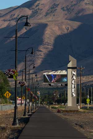 Naches Welcome Sign